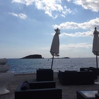 Photo taken at La Jacaranda Lounge Ibiza by Sibla on 7/9/2014
