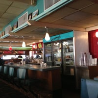 Photo taken at Lenny's Restaurant by Cyndee H. on 11/21/2012
