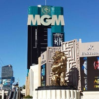 Photo taken at MGM Grand Hotel & Casino by Darwin R. on 11/5/2013