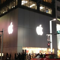 Photo taken at Apple Store by Hideaki I. on 3/4/2013