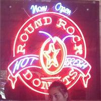 Photo taken at Round Rock Donuts by Carolanne M. on 7/13/2013