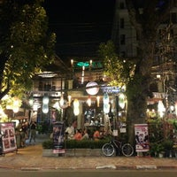 Photo taken at Nhà Hàng Hoàng Kim by An Drew B on 10/29/2013