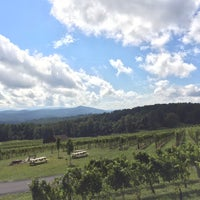 Photo taken at Fox Meadow Winery by Christina T. on 10/2/2016