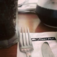 Photo taken at Pizza Hut by Wallace T. on 12/13/2013