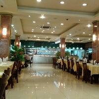 Photo taken at Restaurant Internacional Panda Jr. by Gustavo P. on 3/14/2013
