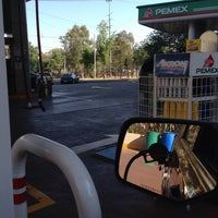 Photo taken at Gasolinera Picacho-Ajusco by Cesar G. on 3/22/2014