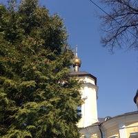 Photo taken at Знаменский храм by Эльвира Л. on 4/19/2014