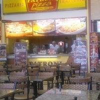 Photo taken at Patroni Pizza by Doni M. on 6/5/2014