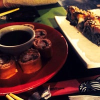 Photo taken at Sushi Mar by Júlia R. on 7/10/2014
