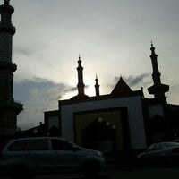 Photo taken at Masjid Raya At Taqwa Kota Cirebon by Anzi on 4/1/2013