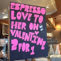 Photo taken at The Coffee Bean & Tea Leaf® by Westwood V. on 2/7/2014