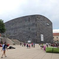 Das Foto wurde bei MuseumsQuartier von Vlad S. am 6/9/2013 aufgenommen