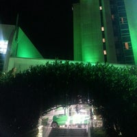 Photo taken at Holiday Inn Salmiya by Ricky A. on 11/13/2012