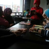 Photo taken at Soerabi Bandung ENHAii by ayraihanindita on 4/17/2015
