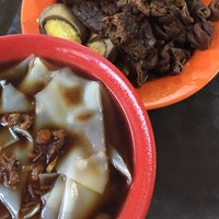 Photo taken at Havelock Road Cooked Food Centre by AhhSengg on 5/4/2015
