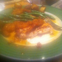 Photo taken at Applebee's by Elyse F. on 1/4/2014