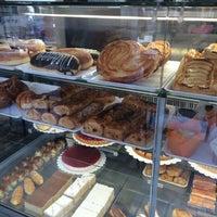 Photo taken at Cafetería Lisboa by Kalpana C. on 4/10/2016