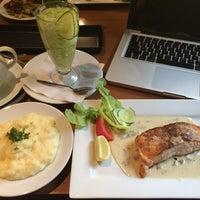 Photo taken at Restaurace Aura by Hùng P. on 9/2/2014