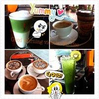 Photo taken at ร้านอาหารเวียดนาม Good Morning Vietnam by นารีรัตน์ อ. on 1/20/2013