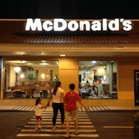 Photo taken at McDonald's by Guilherme d. on 12/30/2012