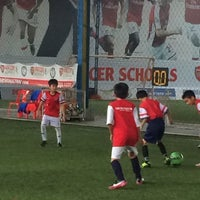 Photo taken at Arsenal Soccer Schools by Bungbing E. on 9/25/2014