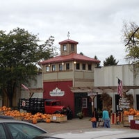 Photo taken at Sponsel's Minnesota Harvest by Marissa V. on 10/12/2013