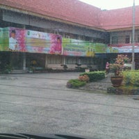 Photo taken at Kantor Dinas Pendidikan Provinsi Riau by Romy I. on 10/25/2012