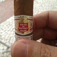 Photo taken at Puros Habanos Bar & Charutaria by Juvenal B. on 12/20/2012