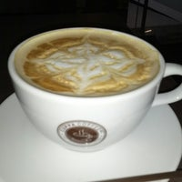 Photo taken at Cuppa Coffee inc. by Haunz on 11/3/2012