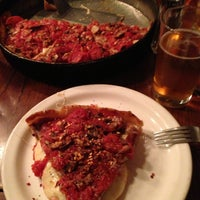 Photo taken at Lou Malnati's Pizzeria by Richard on 4/24/2013