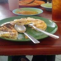Photo taken at Restoran Nikmaat by ELA ✌. on 2/1/2014