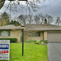 Photo taken at COLDWELL BANKER King Thompson by M J. on 5/12/2016