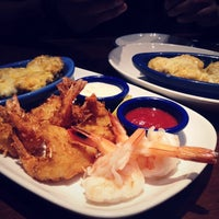 Photo taken at Red Lobster by Yuriko S. on 4/26/2014