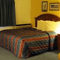 Photo taken at Iron Ridge Inn Motel by Iron Ridge Inn Motel on 2/7/2014