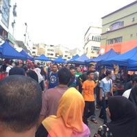 Photo taken at Bazar Ramadhan Setiawangsa by Akmal D. on 6/15/2016