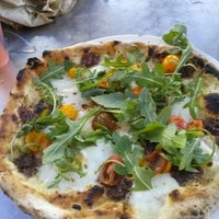 Photo taken at 800 Degrees Neapolitan Pizzeria by Lori T. on 6/19/2013