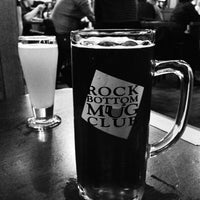 Photo taken at Rock Bottom Restaurant & Brewery by Aki Y. on 11/17/2012