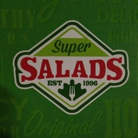 Photo taken at Super Salads by Neri E. on 9/5/2013