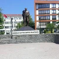 Photo taken at Cumhuriyet Meydanı by Metin ü. on 5/28/2014