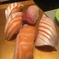 Photo taken at Itacho Sushi 板长寿司 by Jiayuan W. on 5/21/2016