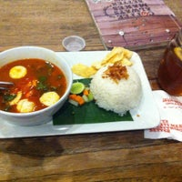 Photo taken at JAVA BEAN Coffee & Resto by iwant t. on 10/2/2015