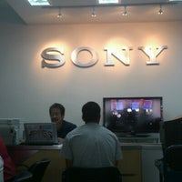 Photo taken at Sony Service Shop Roma by Fernando H. on 8/25/2012