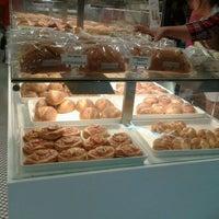 Photo taken at BreadTalk / Toast Box by Stella C. on 3/18/2012