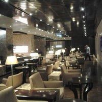 Photo taken at KrisFlyer Gold Lounge (Terminal 3) by A H. on 6/24/2012