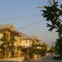 Photo taken at City home place by phuwanudit k. on 2/11/2012