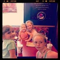 Photo taken at Taco Bell by Nathanial C. on 6/18/2013