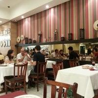 Photo taken at Michelli Ristorante Italiano by Wagner A. on 10/28/2012