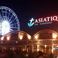 Photo taken at Asiatique The Riverfront by Kot S. on 5/11/2013