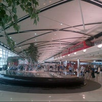 Photo taken at Detroit Metropolitan Wayne County Airport (DTW) by ELIANA on 7/1/2013