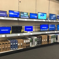 Photo taken at Best Buy by Emaleigh R. on 6/26/2016